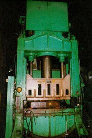 300 Ton Mdl 6925 Elmes Hydraulic Press