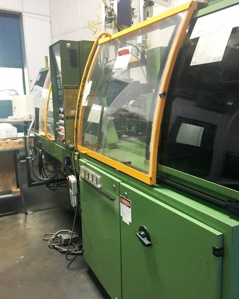 60 Tons 2.2 Oz. Engle Injection Molding Machine Model ES200-60-TL