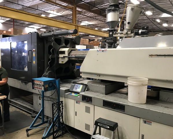 500 Ton 80 Oz Shot Toyo Injection Molding Machine