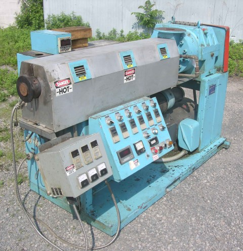 2.5″ Killion Extruder 24:1 L/D Non-Vented Air Cooled